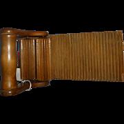 Wood crimping iron