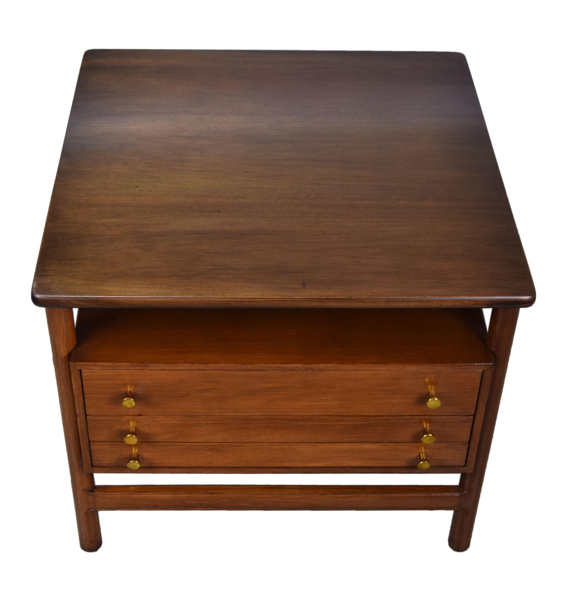 Modern end tables - Roll Over Large Image To Magnify Click Large Image To Zoom