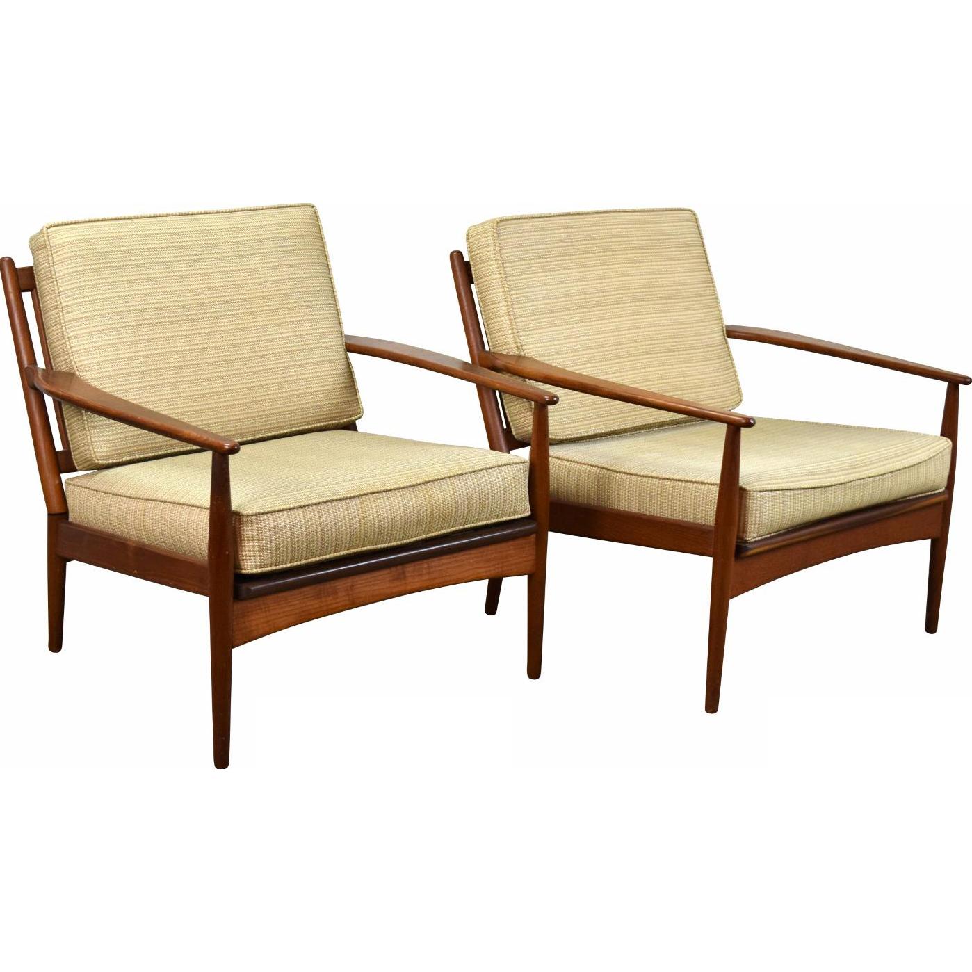 Pair Vintage Danish Modern Lounge Arm Chairs Teak Contoured Lines