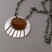 Mid Century  Sterling Silver & Agate  Pendant Necklace hallmarked  'KW'