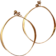 Stunning 14K Gold Hoop Earrings