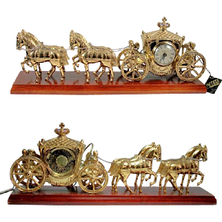 """United 4 Horse and Carriage Coach Clock Gold Tone Metal on 21"""" Wood Base Does it hold Cinderella or the Queen?"""