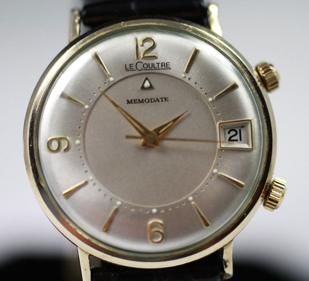 Le coultre memodate alarm men 39 s watch circa 1950 39 s from vintagewatches on ruby lane for Lecoultre watches
