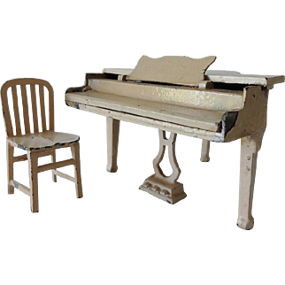 Old TootsieToy Piano and Chair
