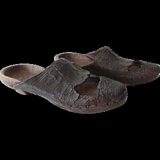 Antique Colonial Clogs Shoes 18th C