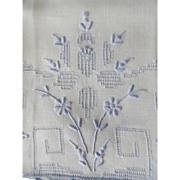 Old French Blue Embroidery Linen Hand Towels Set - Flowers