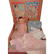 "Rare Effanbee FAO Schwartz Dy-Dee Ette 11"" Baby Mold 1 Doll Set w/Box and Extras"