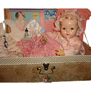 "20"" Effanbee Dy-Dee Baby w/ Box & Accessories in Original Clothing ~ Gift Giving Condition"