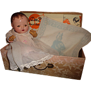"""Very Sweet Effanbee Dy-Dee 11"""" Mold 1 Baby Doll  w/ Box"""
