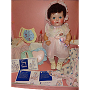 Factory Orig. American Character Tiny Tears Baby Doll w/ Lots of Goodies and Carry Case ~ Stunning