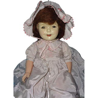 Very Pretty Early Composition Mama Doll