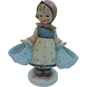 "Hummel ""Mother's Darling"" 175 Porcelain Figurine - Goebel W. Germany - TMK 6"