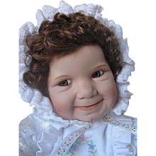 """Ashton Drake Galleries """"Baby Miss Muffet"""" - Original box - Certificate of Authenticity - Porcelain - Retired"""
