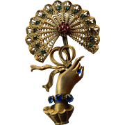 Vintage hand with fan pin