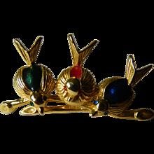 Three birds pin