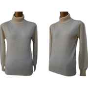 Vintage Cream Cashmere Turtleneck Sweater by Bagatelle - Size S to M
