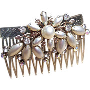 Vintage hair comb Hollywood Regency rhinestone faux pearl hair accessory