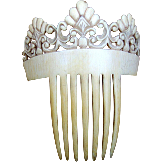 Victorian Carved Bone Spanish Mantilla Style Comb Hair Accessory