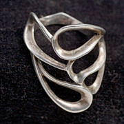 Vintage Modernist 1970's Free-Form Sterling Ring