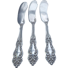 """Reed and Barton TIGER LILY 1901 Silver Plate Butter Knifes approx. 6 1/4"""" long-free shipping"""