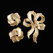Trifari Bow Brooch Pin Earrings Demi Parure Set