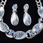 Vintage Rhinestone Embossed Engraved Enamel Link Necklace Dangle Earrings Demi Parure Set