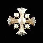 Trifari Rhinestone Baroque Faux Pearl Cabochon Brooch Pin