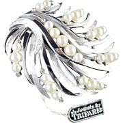 Trifari Rhinestone Faux Pearl Brooch Pin w/ Tag