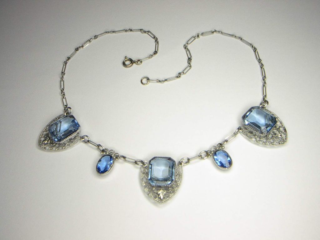 Art Deco Vintage Blue Faceted Glass Filigree Necklace