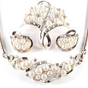 Trifari Sea Spray Rhinestone Faux Pearl Necklace Brooch Pin Earrings Parure Set