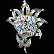 Coro Pegasus Large Rhinestone Flower Brooch Pin