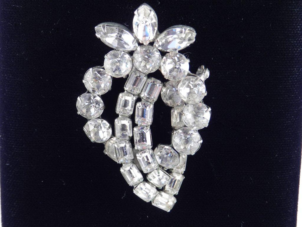1940s Vintage Weiss Rhinestone Brooch Pin Large Dentelle Stones