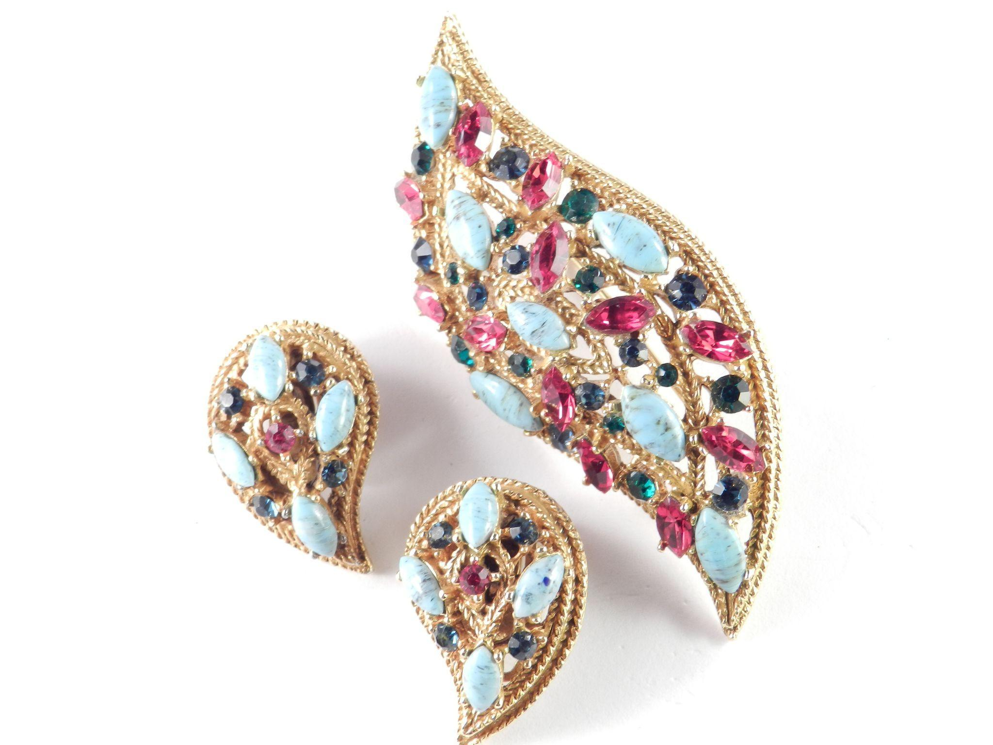 Capri Rhinestone Faux Turquoise Brooch Pin Earrings Set Demi Parure