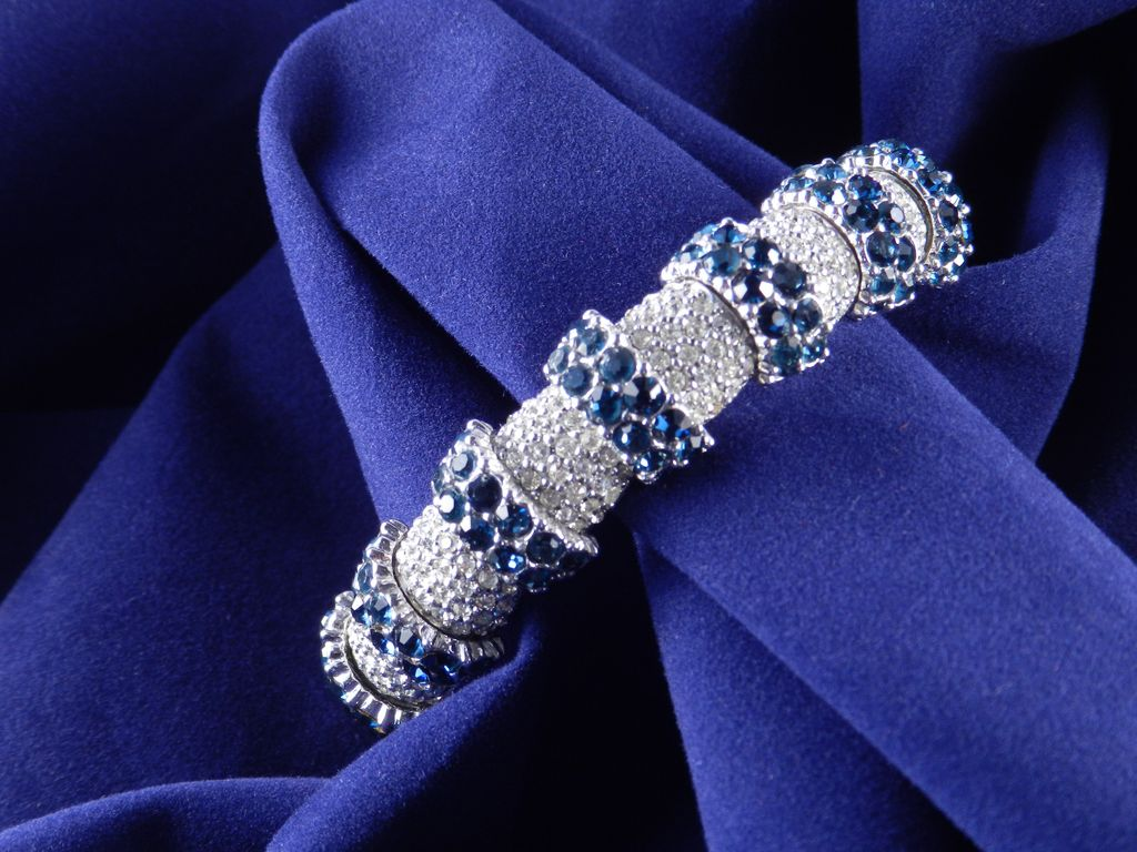 Ciner Crystal Rhinestone Faux Sapphire Bracelet Articulated Rhodium Plate 1960s
