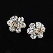 Weiss Dentelle Rhinestone Earrings