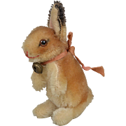 "Steiff Mohair ""Hoppy"" Seated Rabbit - 4.5 inches tall"