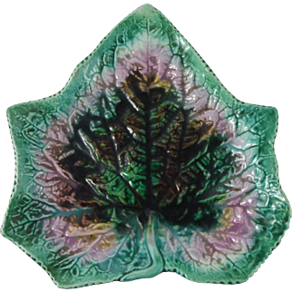 English Majolica Leaf Plate