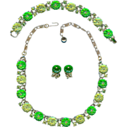Scarce Vintage Lisner Lime Green Jelly Lucite Necklace Earrings Bracelet Set