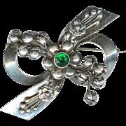 Retro Vintage Hobe Sterling Silver Green Rhinestone Christmas Bow Brooch
