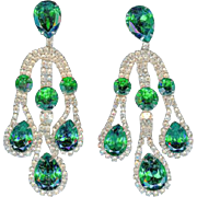 "Opulent Vintage Napier 4"" Emerald Green Rhinestone Dangly Diamante Earrings"