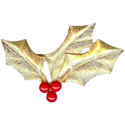 Elegant Trifari Red Holly Berry Brooch Pin~Nice Alternative to Christmas Tree