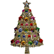 Vintage Hollycraft Multicolor Swarovski Crystal Rhinestone Christmas Tree Brooch