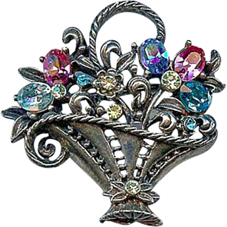 Retro Coro 1940s Easter Spring Flower Basket Brooch Pin