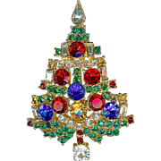 Vintage Weiss Multicolor Rhinestone Widely Copied Christmas Tree Brooch Pin