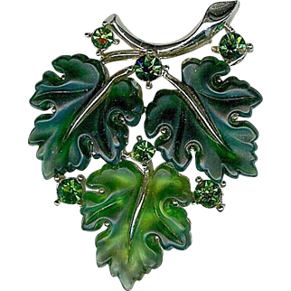Vintage Lisner Green Jelly Rhinestone Oak Maple Leaf Brooch Pin