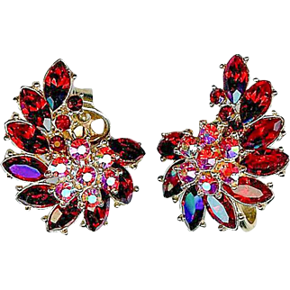 Vintage 1950s Crown Trifari Ruby Red Rhinestone Earrings