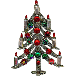 Vintage Hollycraft Christmas Red Green Rhinestone 7 Candle Flame Brooch Pin