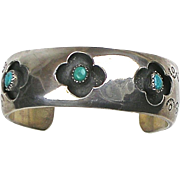 Vintage Native American Sterling Silver Turquoise Wide Cuff Bangle  Cutout Clover Designs