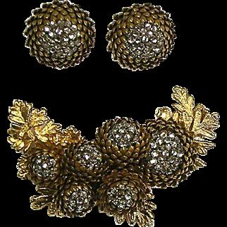 Stunning VERY RARE Vintage Miriam Haskell Pin & Earrings Set 3D Acorns or Flowers