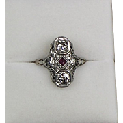 Vintage Art Deco 14K Gold Diamond 1.00 ctw Ruby Dinner Ring  Delicate  Filigree  Lovely